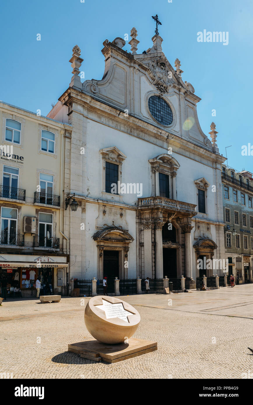 Lisbon, Portugal - Sept 23, 2018: Monument to victims of Jewish pogrom on April 19 1506 in Lisbon, Portugal - Stock Image