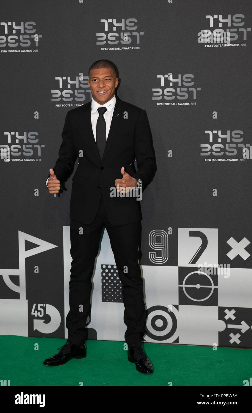 London, UK. 24th Sep, 2018. Kylian Mbappe arrives on the Green Carpet ahead of the Best FIFA Football Awards 2018 in London, Britain on Sept. 24, 2018. Credit: Han Yan/Xinhua/Alamy Live News Stock Photo