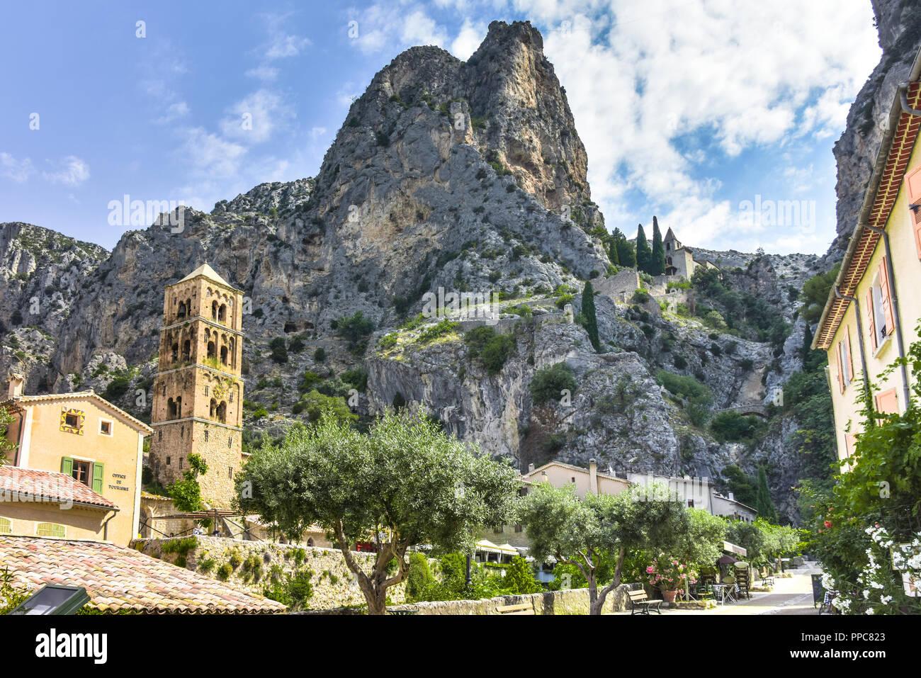 village Moustiers-Sainte-Marie, Provence, France, member of most beautiful villages of France, department Alpes-de-Haute-Provence Stock Photo