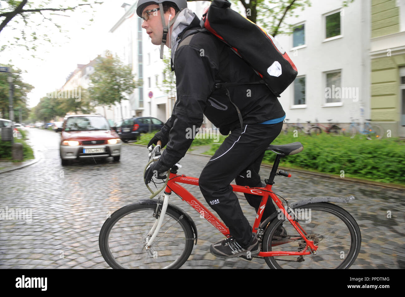 Bicycle Courier Stock Photos & Bicycle Courier Stock Images - Alamy