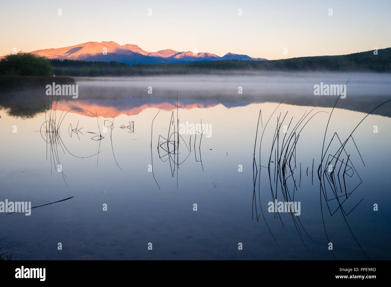 Sunset at Laguna La Zeta in Esquel, Argentina. Patagonia - Stock Image