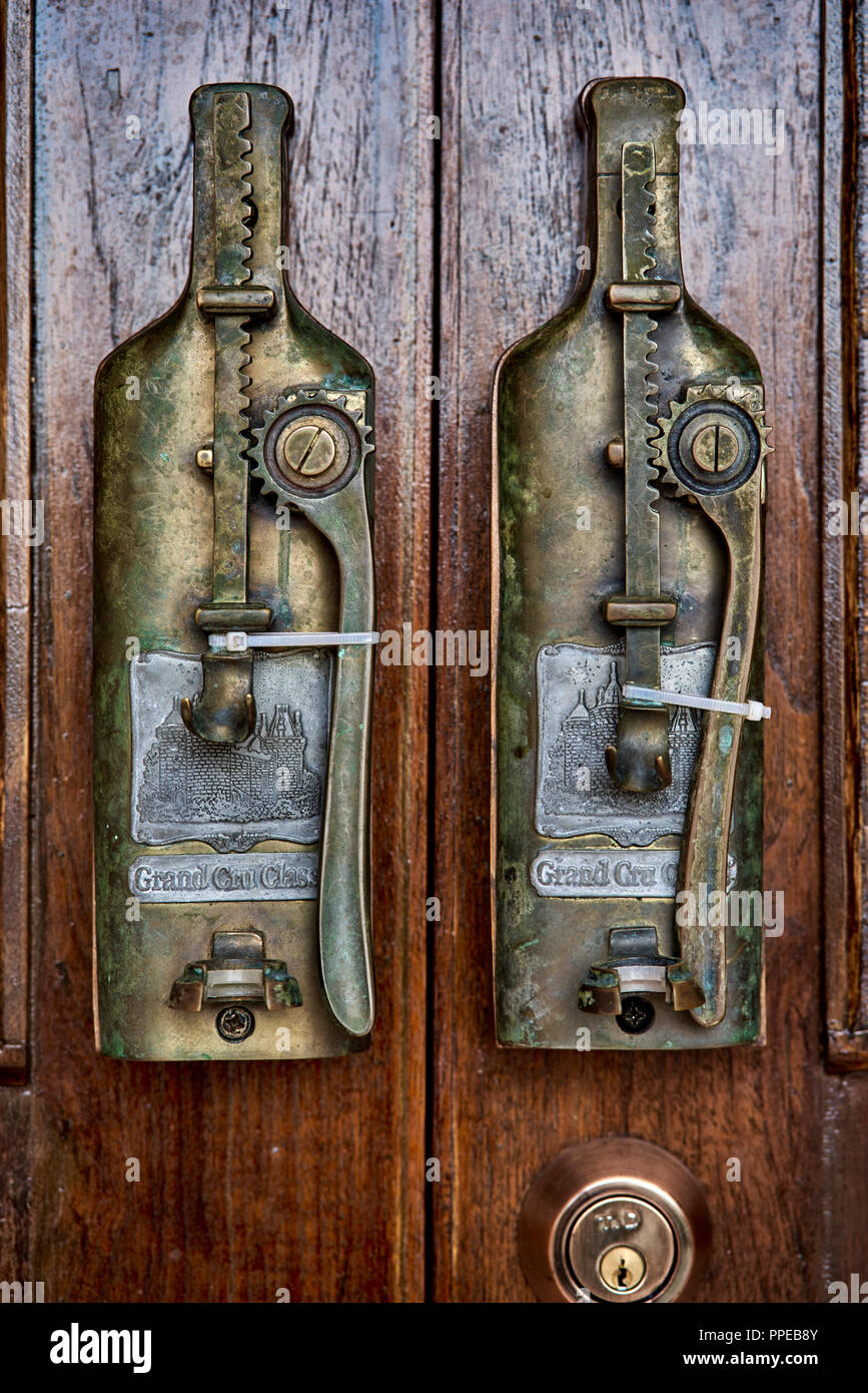 Antique door lock. - Antique Door Lock Stock Photo: 220363051 - Alamy