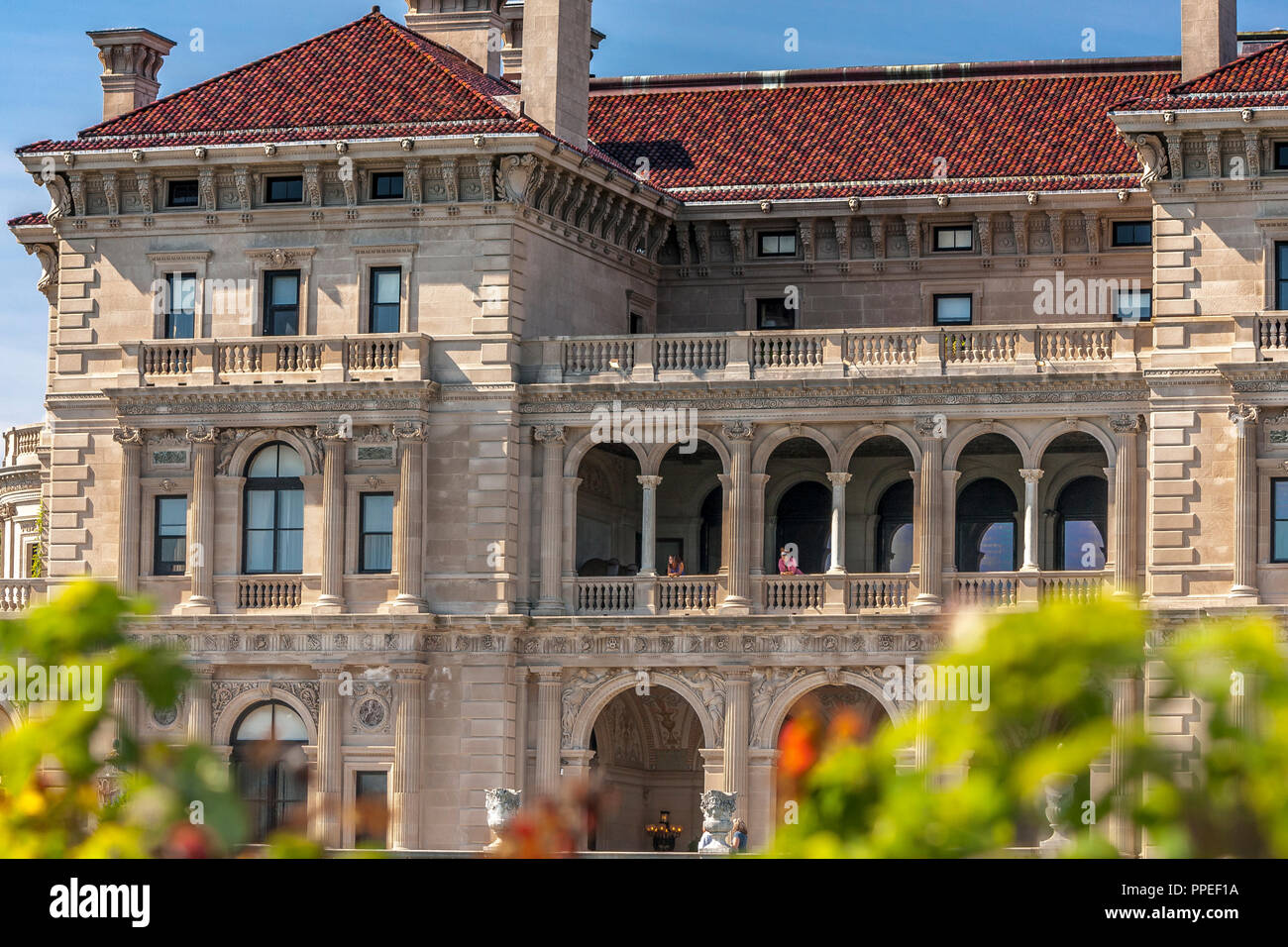 The Breakers is a Vanderbilt mansion located on Ochre Point Avenue, Newport, Rhode Island ,The Breakers is the grandest of all Newport's Mansions - Stock Image