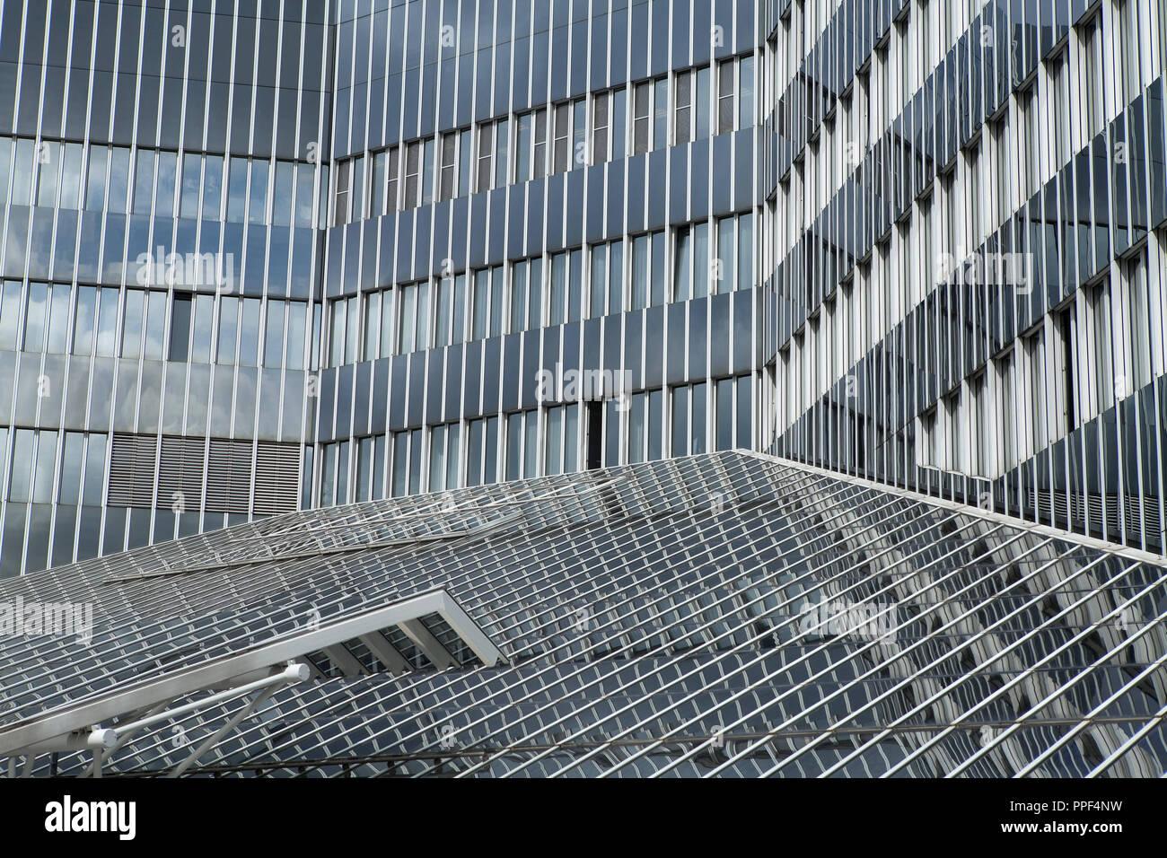 Fiz Bmw Munich Research Innovation Stock Photos Fiz Bmw Munich