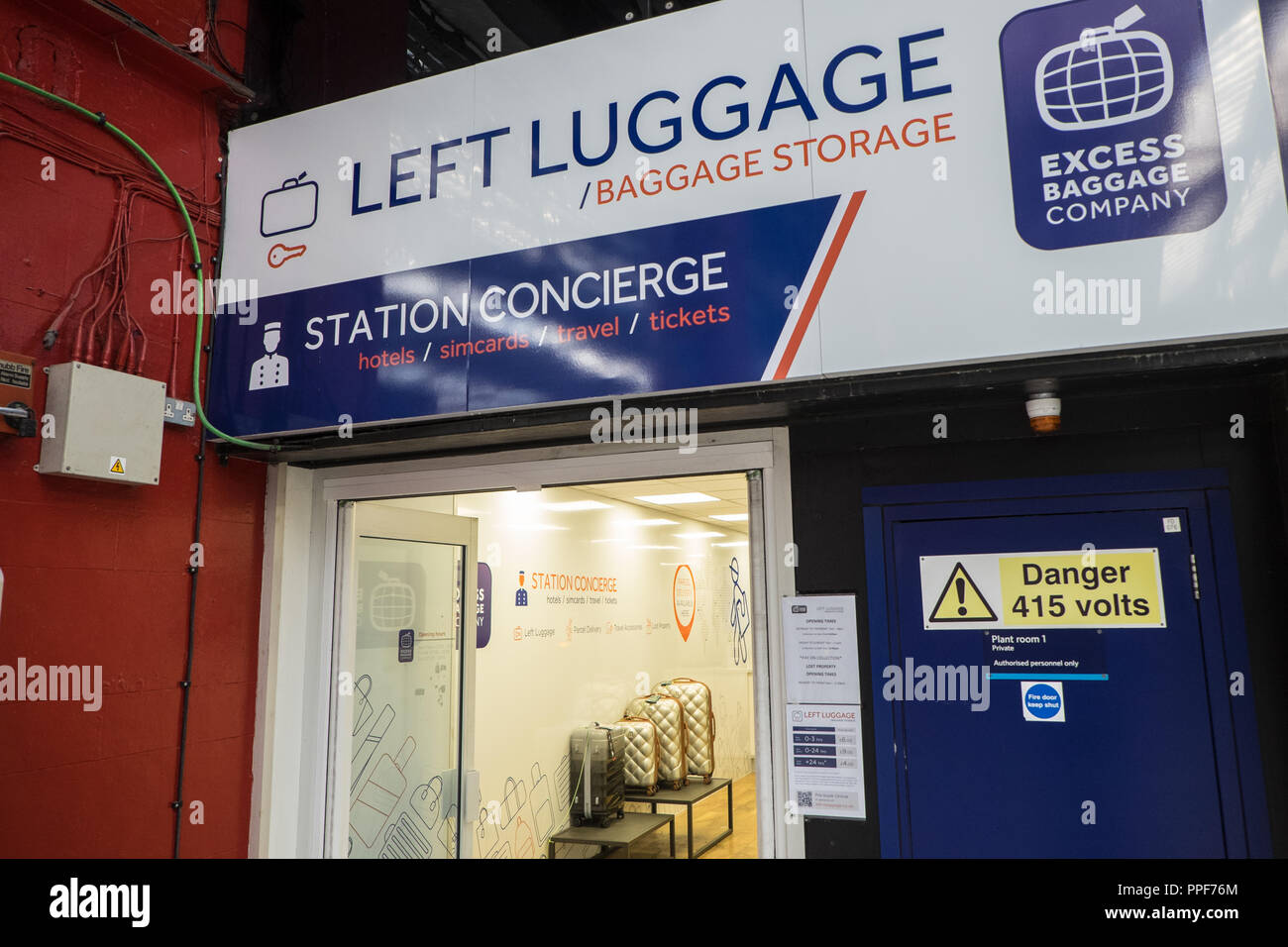Left luggage,luggage,locker,company,storage,expensive
