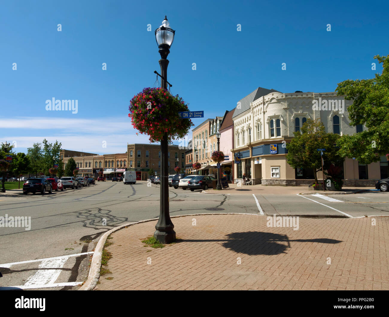 Courthouse Square, Goderich, Ontario. The main shopping and dining centre of Canada's Prettiest Town. - Stock Image