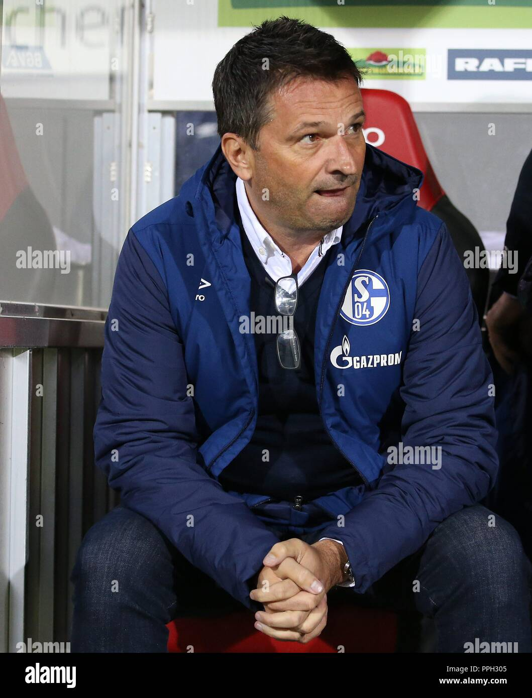 firo: 25.09.2018 Football, Football: 1. Bundesliga, Season 2018/2019 SC Freiburg - S04 FC Schalke 04 S04 Manager, Management, Christian Heidel,   usage worldwide - Stock Image