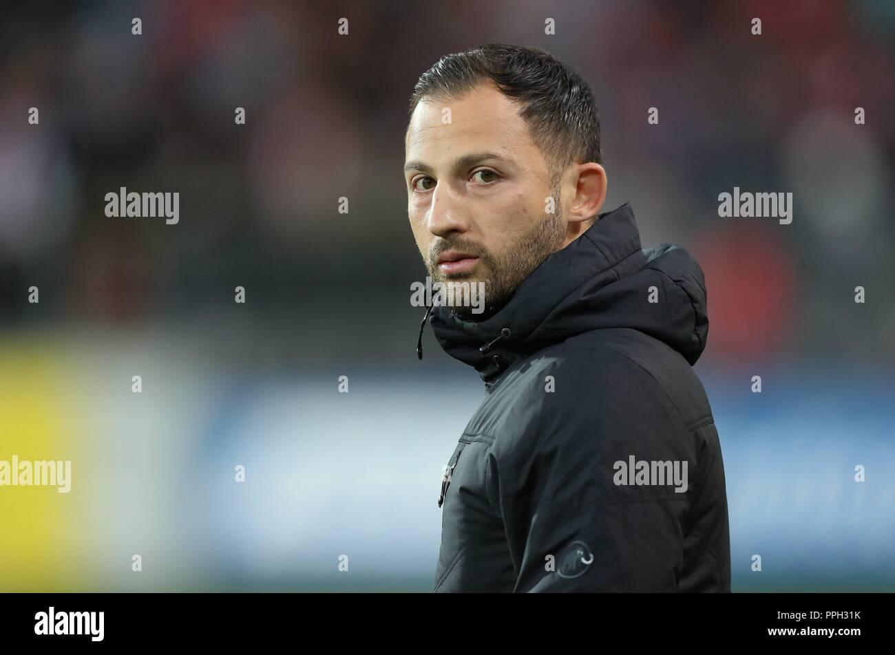 firo: 25.09.2018 Football, Football: 1. Bundesliga, Season 2018/2019 SC Freiburg - S04 FC Schalke 04 S04 Coach, Domenico Tedesco, Portrait, Headshot,   usage worldwide - Stock Image