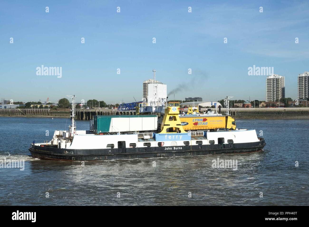 London, UK. 26th September 2018: TFL to close the Woolwich ferry  from 6th October 2018 until late December for pier improvement works. The Woolwich ferry carries hundreds of cars, trucks, cyclists and pedestrians over the river every day. Credit: Claire Doherty/Alamy Live News Stock Photo