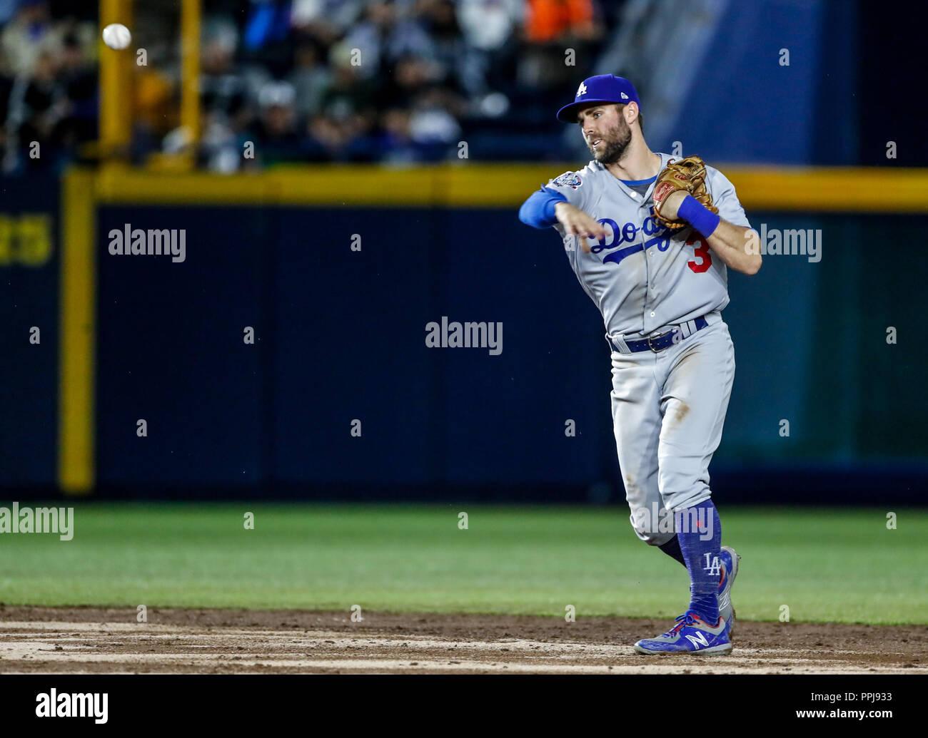 Chris Taylor, durante el partido de beisbol de los Dodgers de Los Angeles contra Padres de San Diego, durante el primer juego de la serie las Ligas Ma - Stock Image