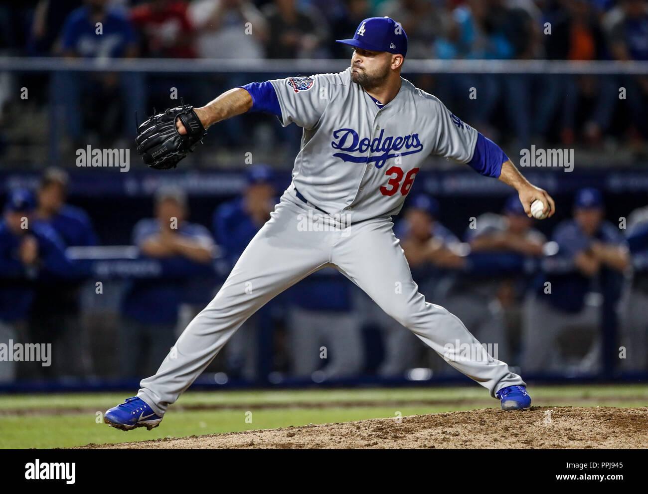 Adam Liberatore pither de los dodgers se lleva el salvamento, durante el partido de beisbol de los Dodgers de Los Angeles contra Padres de San Diego,  - Stock Image