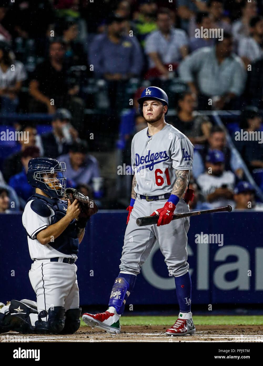 Alex Verdugo de los Dodgers, durante el partido de beisbol de los Dodgers de Los Angeles contra Padres de San Diego, durante el primer juego de la ser - Stock Image