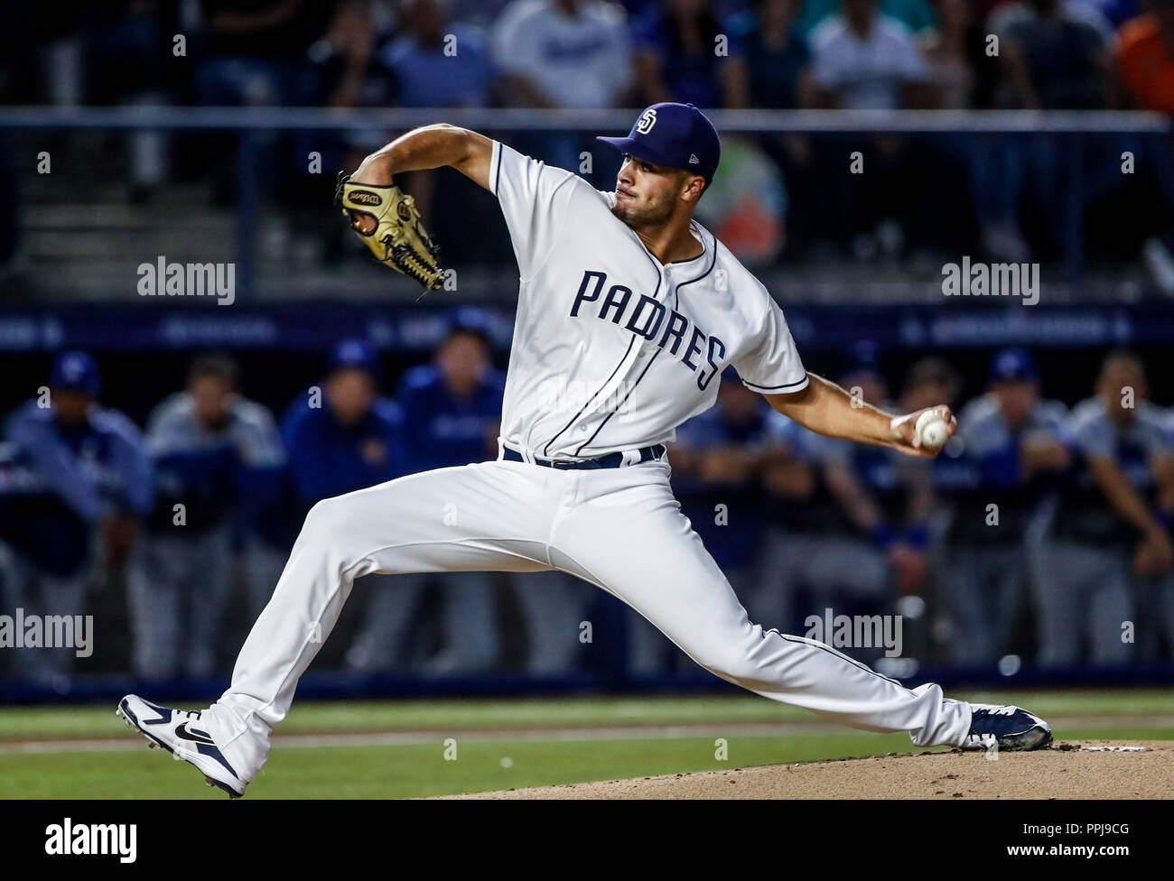 Joey Lucchesi pitcher inicial de San Diego, durante el partido de beisbol de los Dodgers de Los Angeles contra Padres de San Diego, durante el primer  - Stock Image