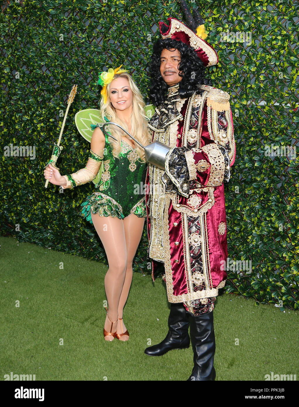 Louis Emerick And Kristina Rhianoff attend Pantomime Photocall - Stock Image