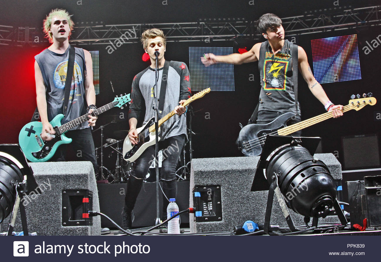 5 Seconds Of Summer At Key 103 Summer Live At Manchester Phones4u Arena On Thursday 17