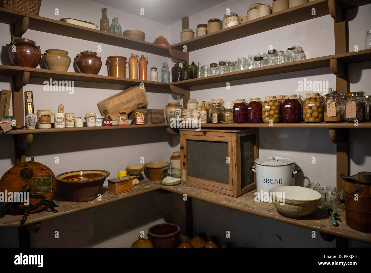 Edwardian era larder in a large house - Stock Image