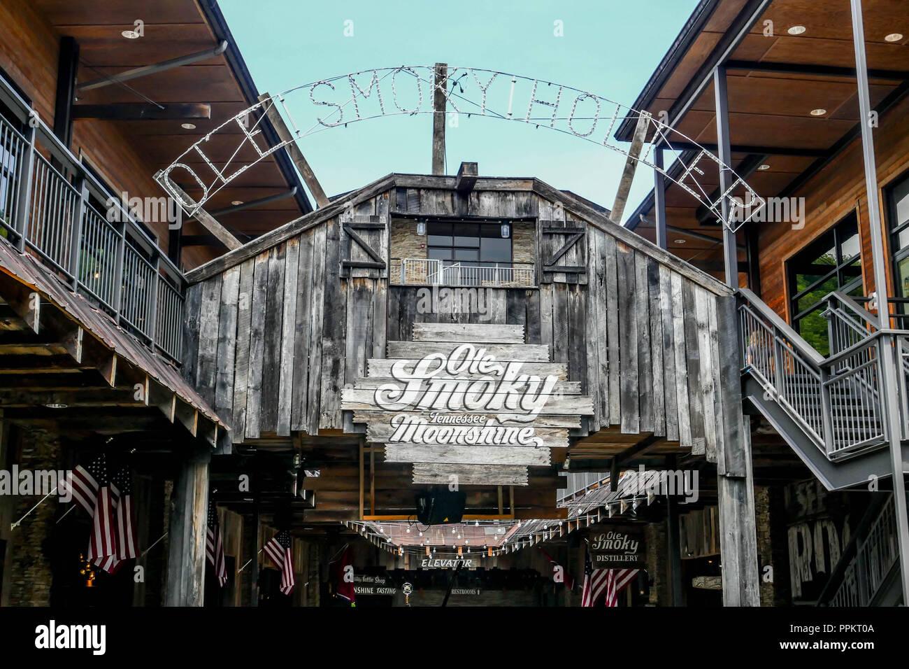 GATLINBURG-AUGUST 8:  Ole Smoky Moonshine tasting building in Gatlinburg, Tennessee, USA on August 8, 2016. - Stock Image