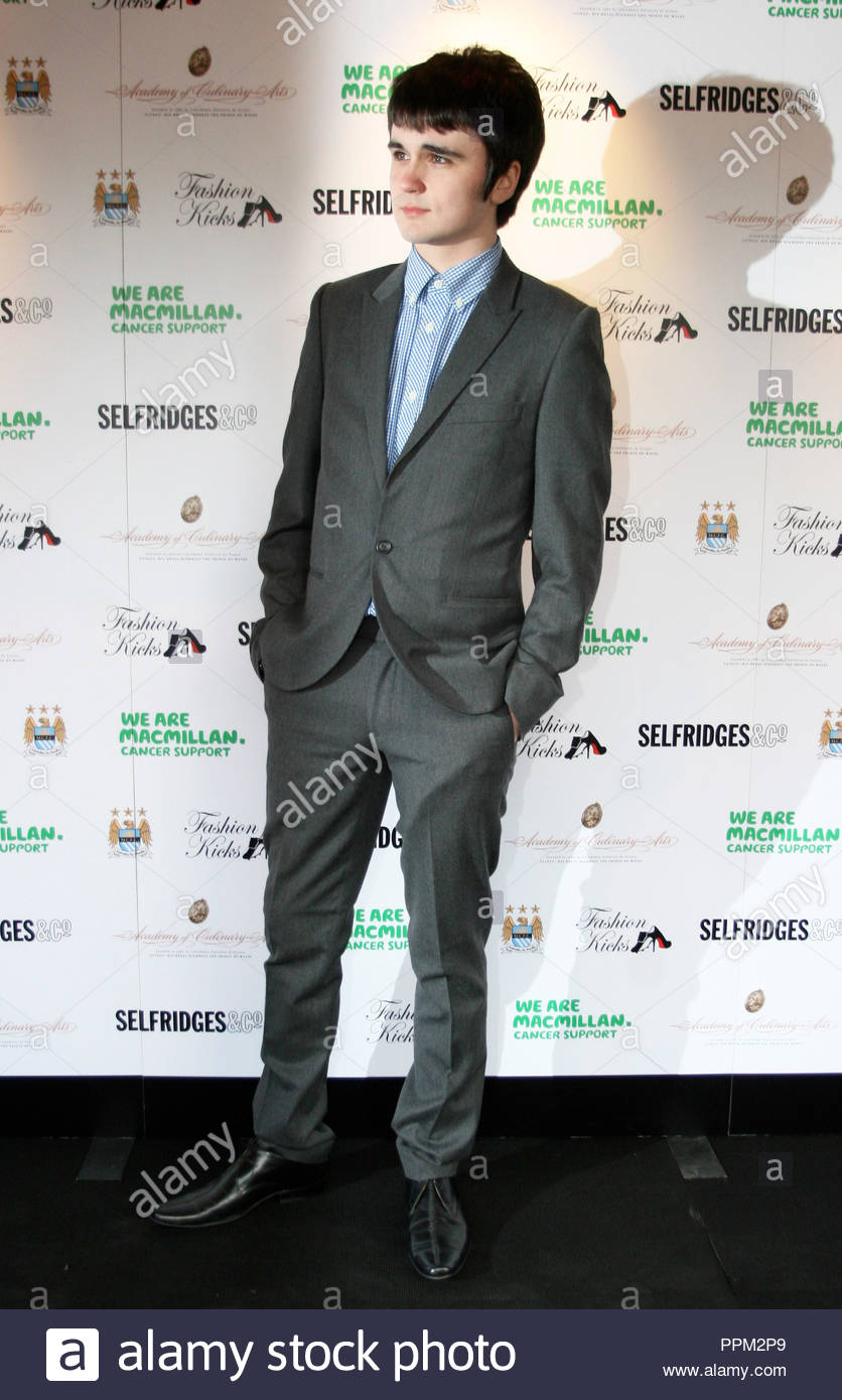 Fashion Rocks is held at the Lancashire County Cricket Club Old Trafford, Manchester  Celebrities turned up but quite a few would not be photographed and went in the rear entrance! Manchester City footballers took part in the fashion show. - Stock Image