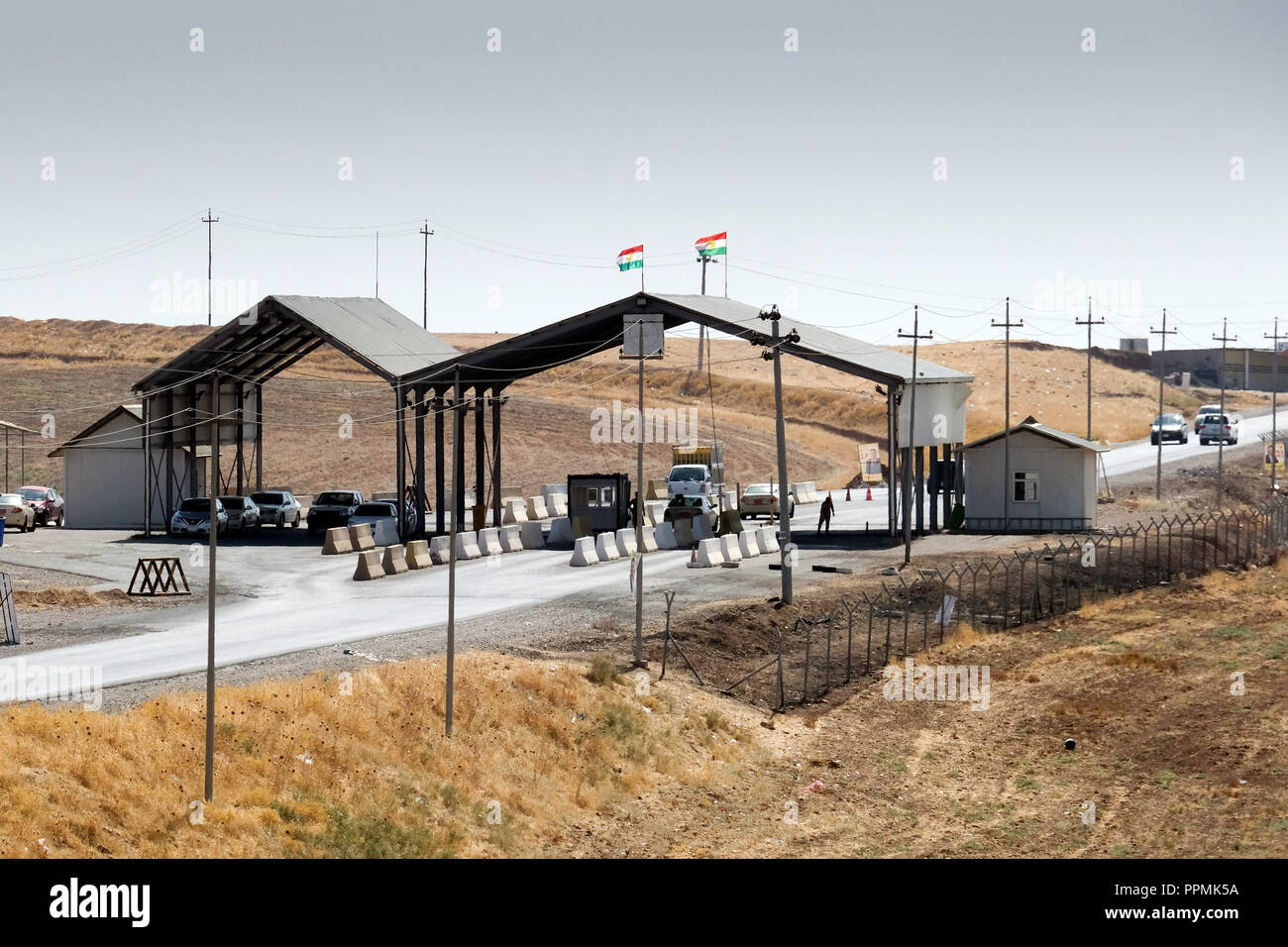 Kurdish check-point near Erbil, Kurdistan, Northern Iraq - Kurdischer Check-Point bei Erbil, Kurdistan, Nord-Irak - Stock Image