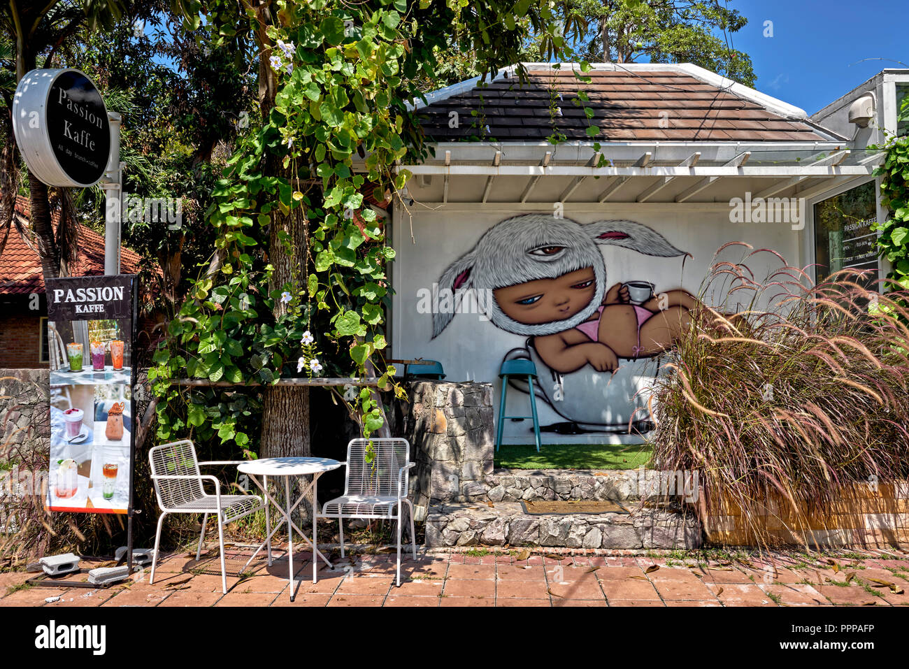 Cafe Wall Art High Resolution Stock Photography And Images Alamy