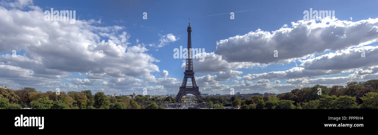 Panoramic view of Eiffel tower from Trocadero - Paris, France - Stock Image