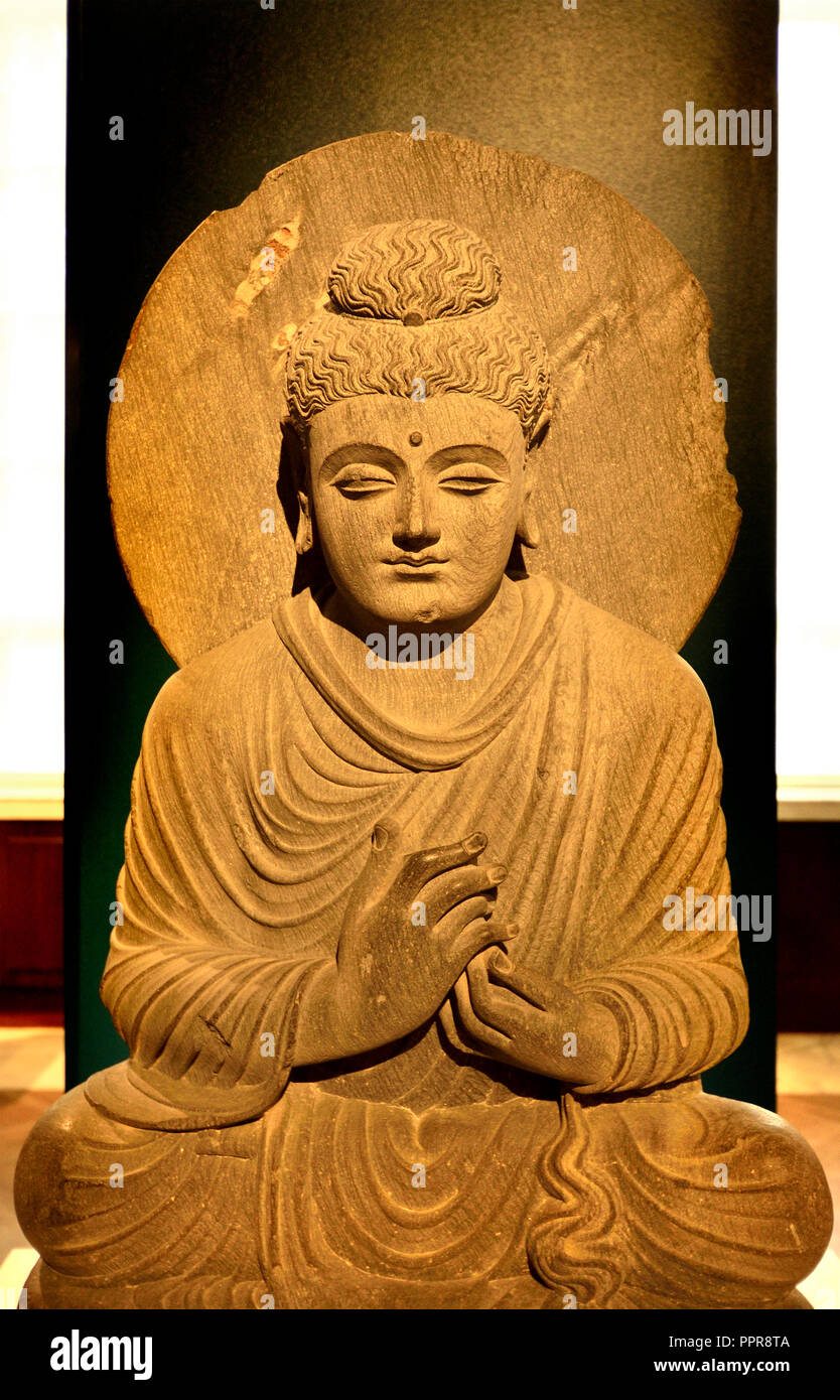 Buddhist Statue Pakistan High Resolution Stock Photography And Images Alamy