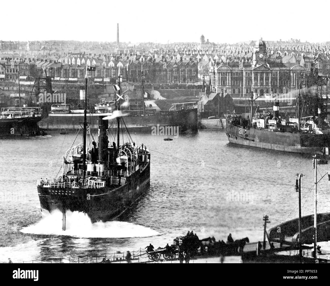 Barry Docks early 1900's - Stock Image