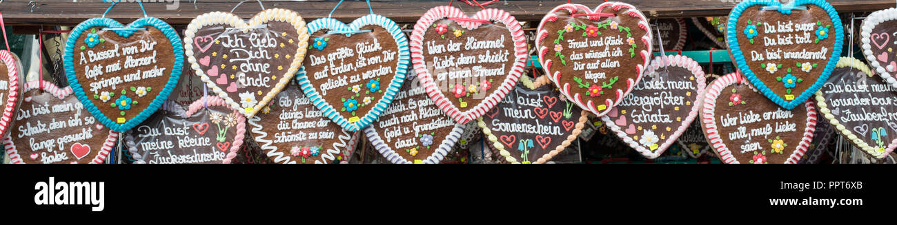 gingerbread hearts at the Oktoberfest in Munich - Stock Image