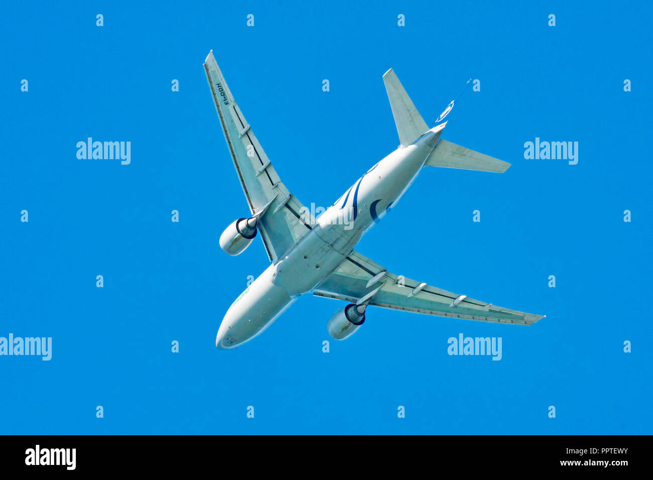 Alitalia Airplane Stock Photos & Alitalia Airplane Stock Images - Alamy