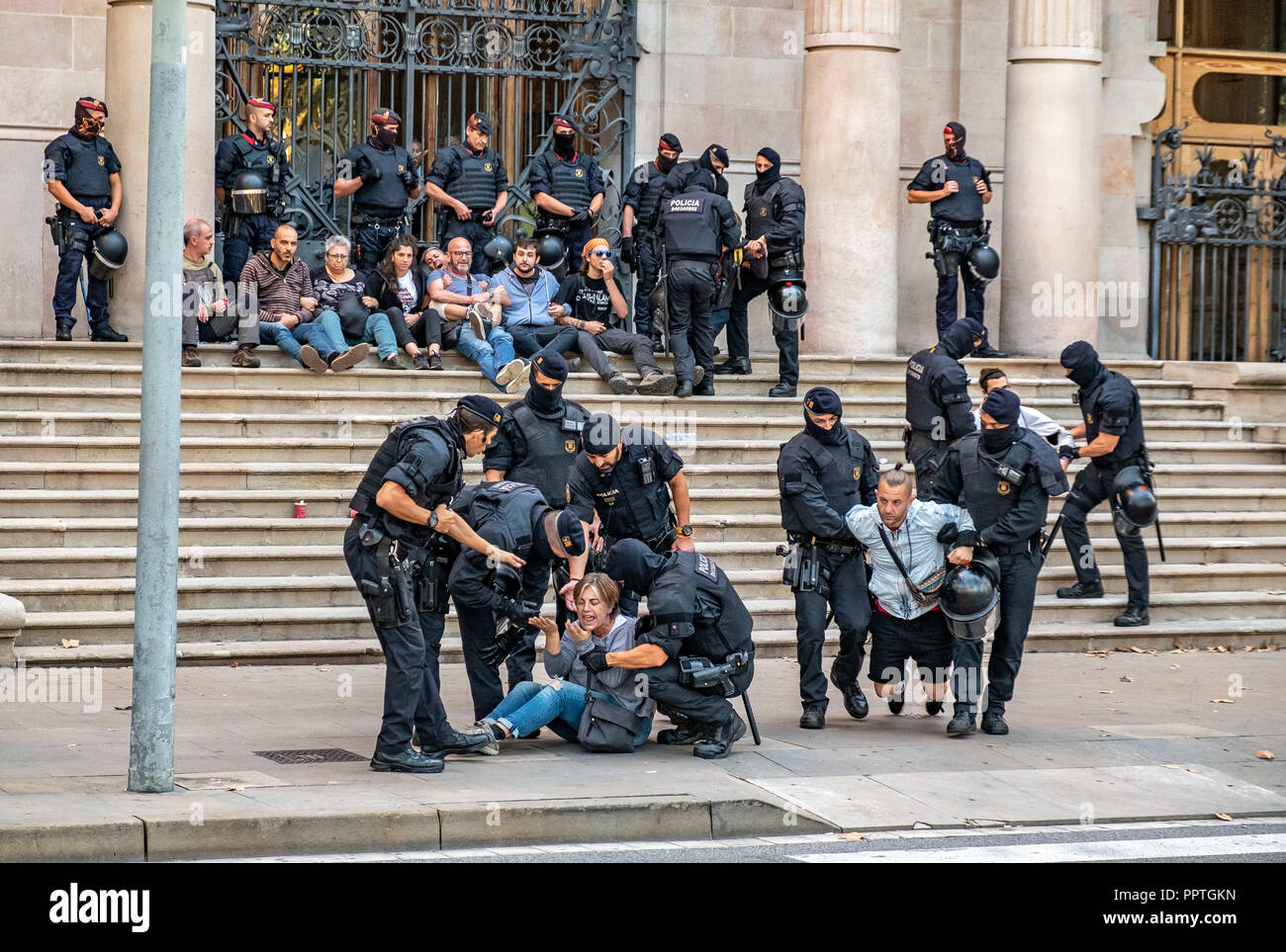 Barcelona, Catalonia, Spain  27th Sep, 2018  A group of