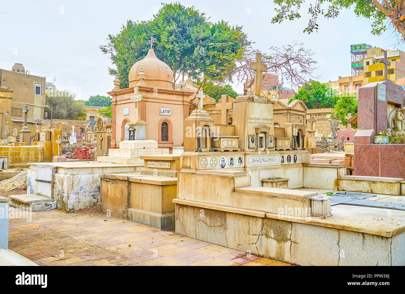 CAIRO, EGYPT - DECEMBER 23, 2017: The old christian cemetery with decrepit crypts and tombs, on December 23 in Cairo - Stock Image