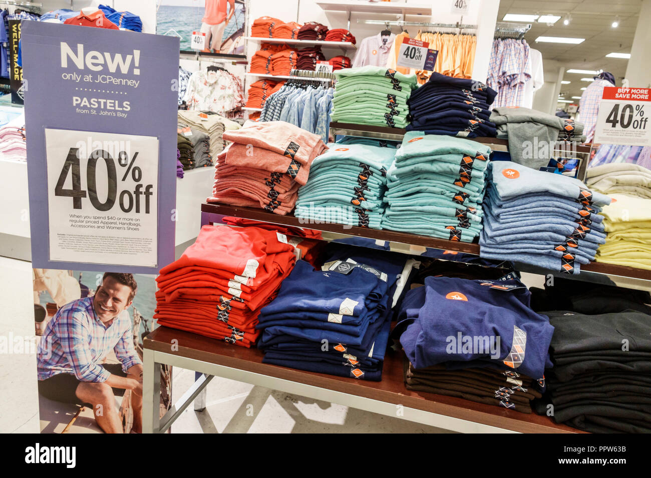 Miami Florida Kendall Dadeland Mall JC J.C. Penny Department Store shopping inside sale display men's clothing St. John's Bay 40% - Stock Image