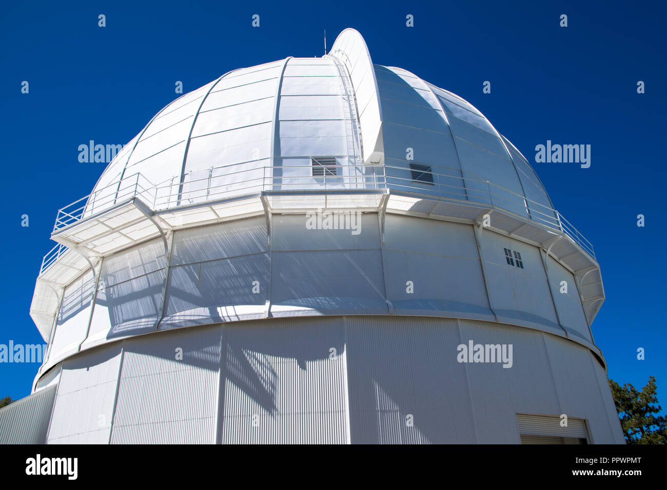 The 60 inch reflective telescope at the Mount Wilson
