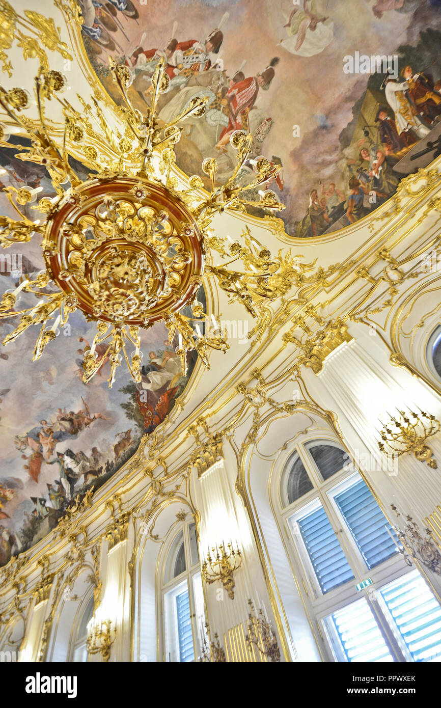 Schönbrunn Palace, Great Gallery cieling. Vienna, Austria - Stock Image