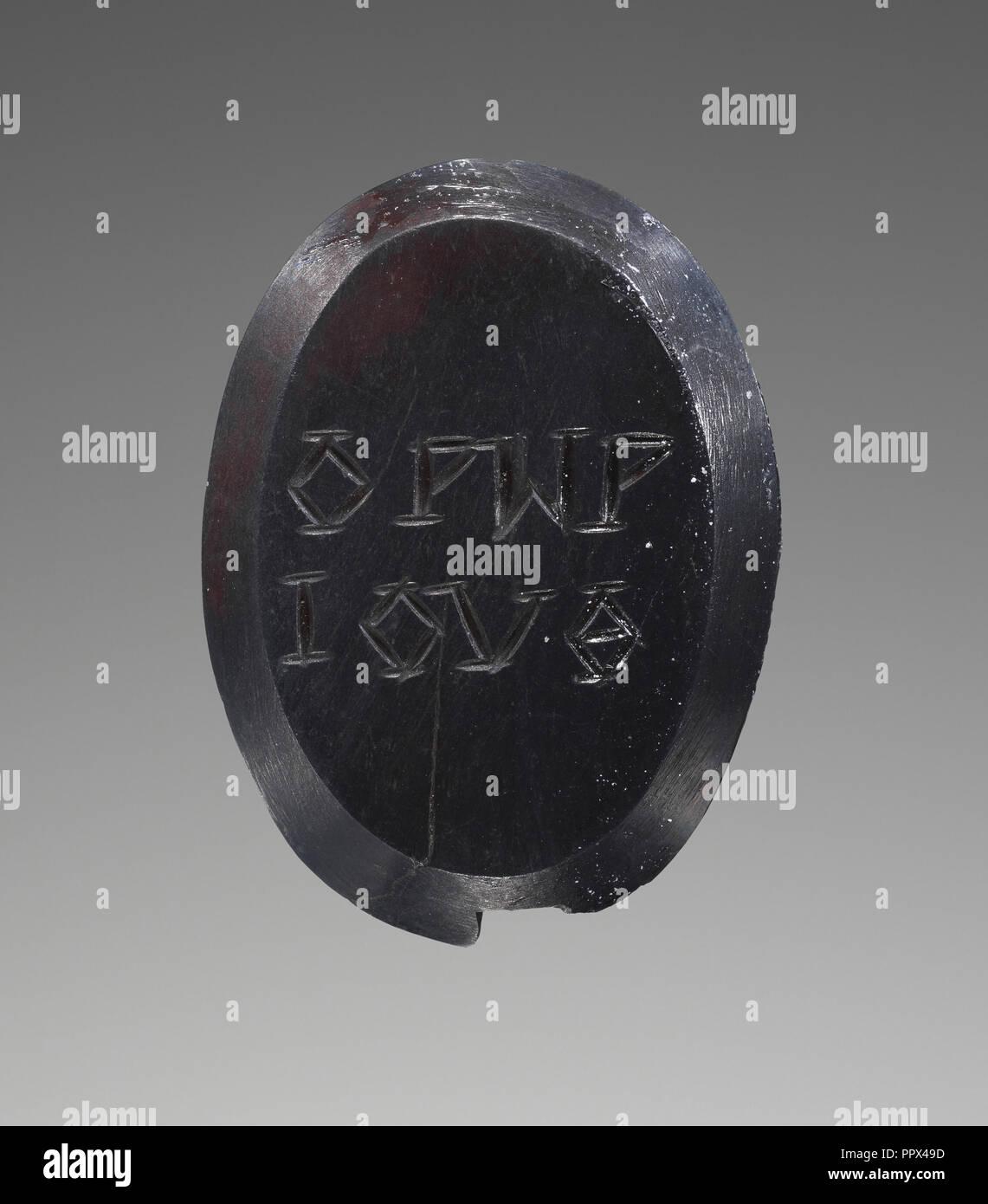 Magical Gem; 100 - 250; Hematite; 2 × 1.5 × 0.2 cm, 13,16 × 9,16 × 1,16 in - Stock Image