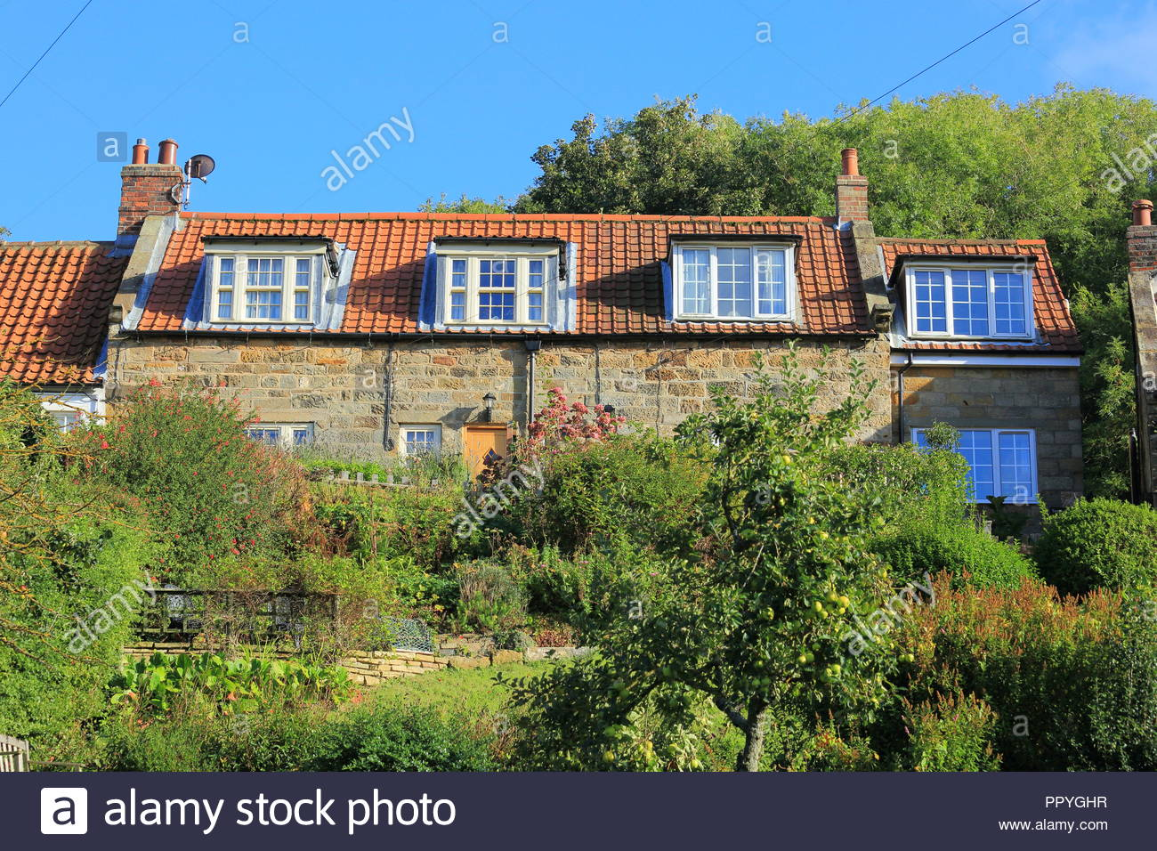 Pleasing Beautiful Self Catering Cottages Located At Sandsend Whitby Home Interior And Landscaping Oversignezvosmurscom