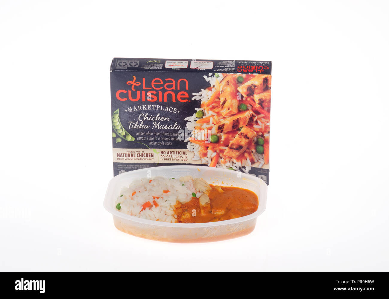 Lean Cuisine Chicken Tikka Masala ready meal with box and cooked food tray by Nestle - Stock Image