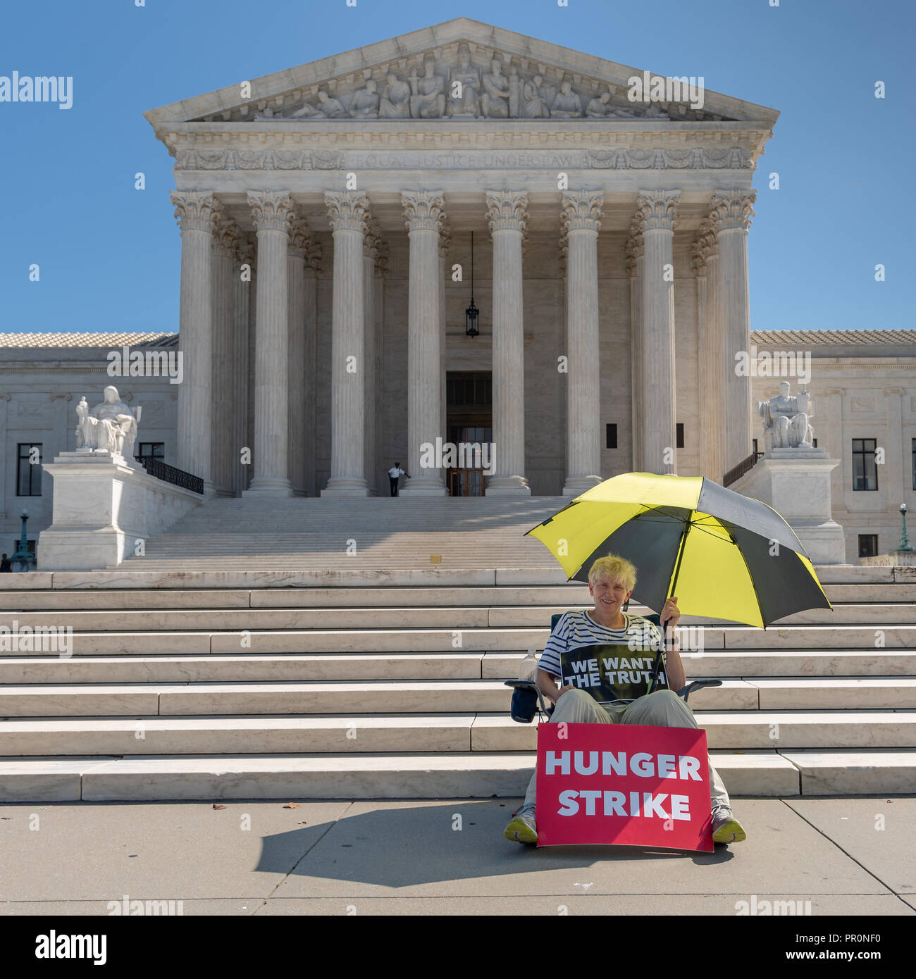 Women conducting a hunger strike to bring attention to how Congress is handling the Brett Kavanaugh selection process to Supreme Court Justice - Stock Image