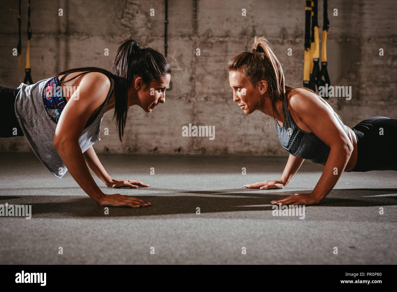 Crossfit Girls High Resolution Stock Photography and Images - Alamy