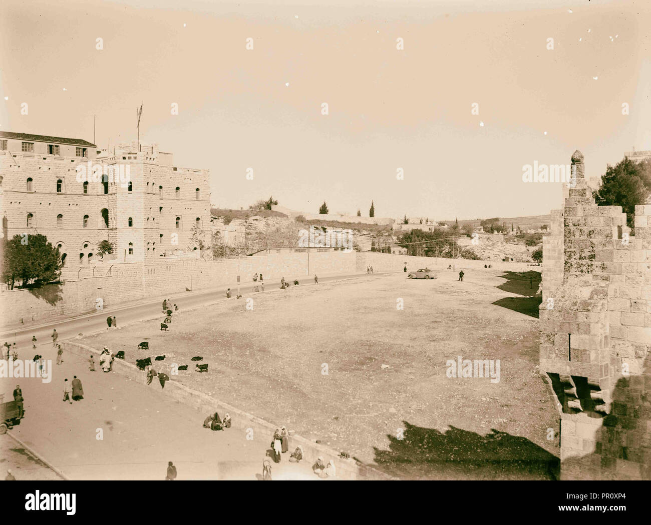 Newer Jerusalem Street scene and courtyard. 1898, Jerusalem, Israel Stock Photo