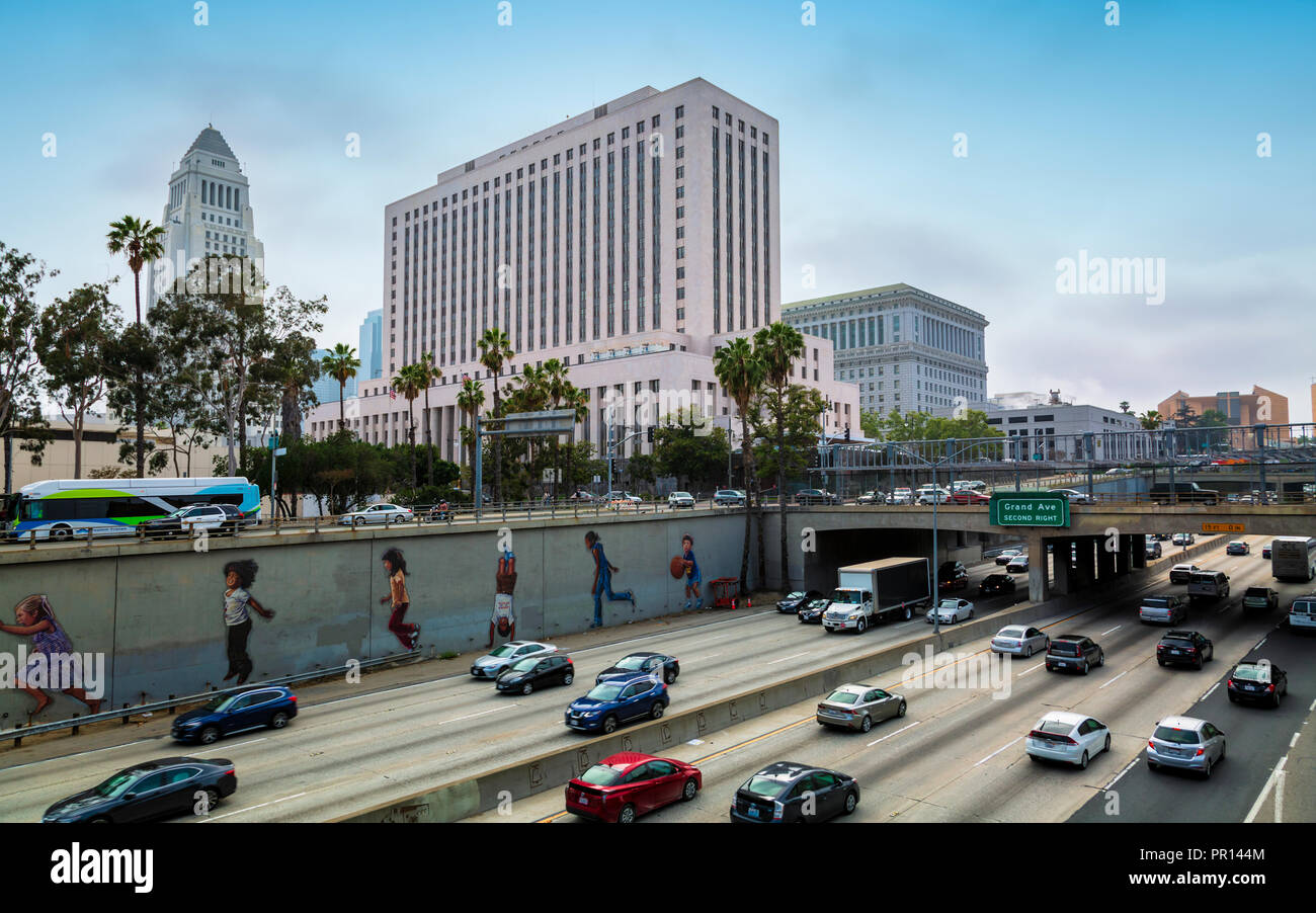 Los Angeles City Hall and Freeway, downtown Los Angeles, California, United States of America, North America - Stock Image