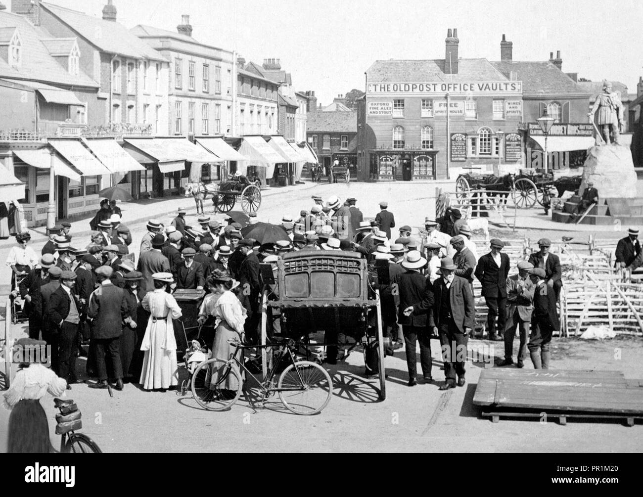 Wantage Market Place early 1900's - Stock Image