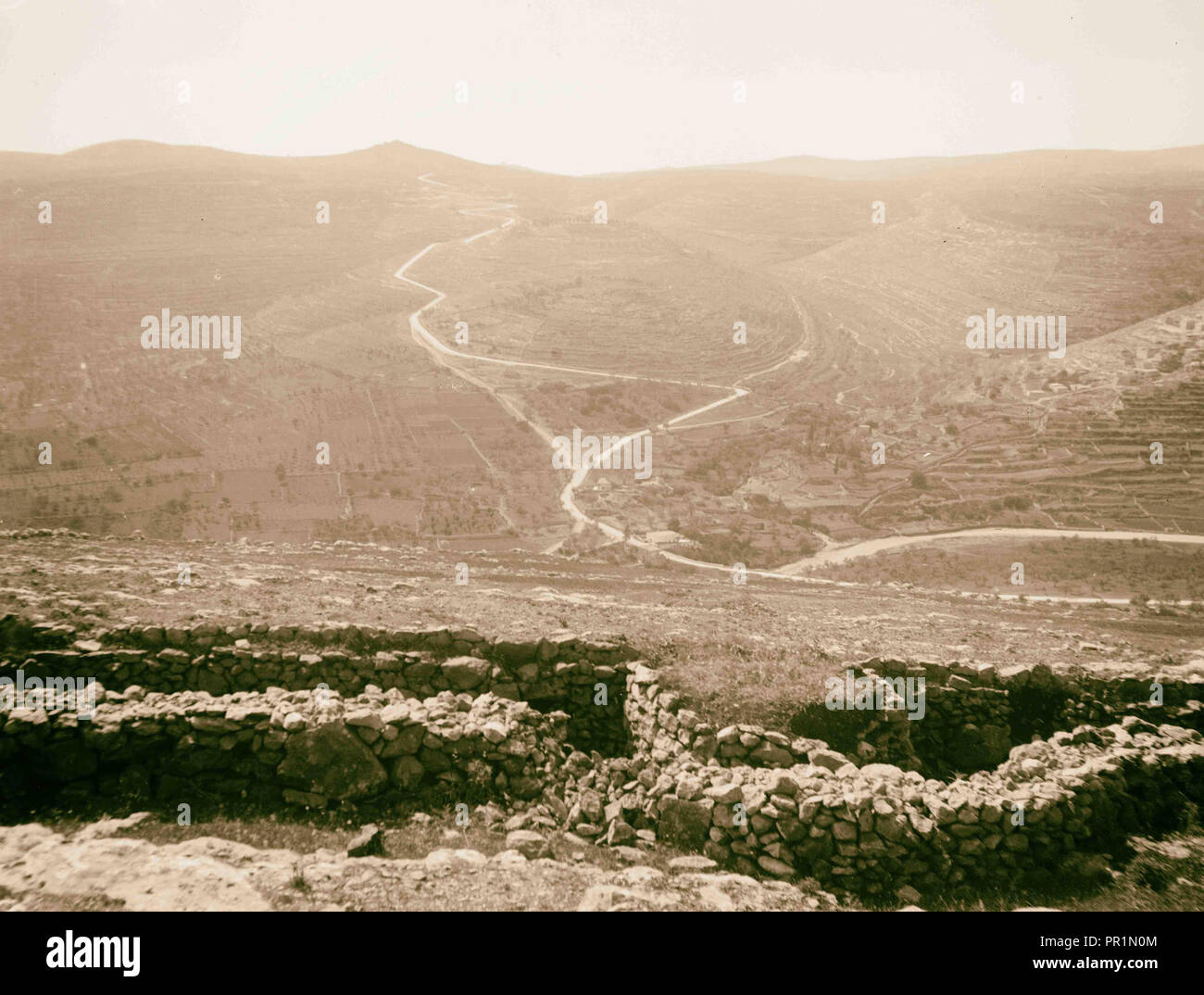 The surrender of Jerusalem to the British, December 9th, 1917. Deir Yasin trenches and approach to Jerusalem. 1917, Israel - Stock Image