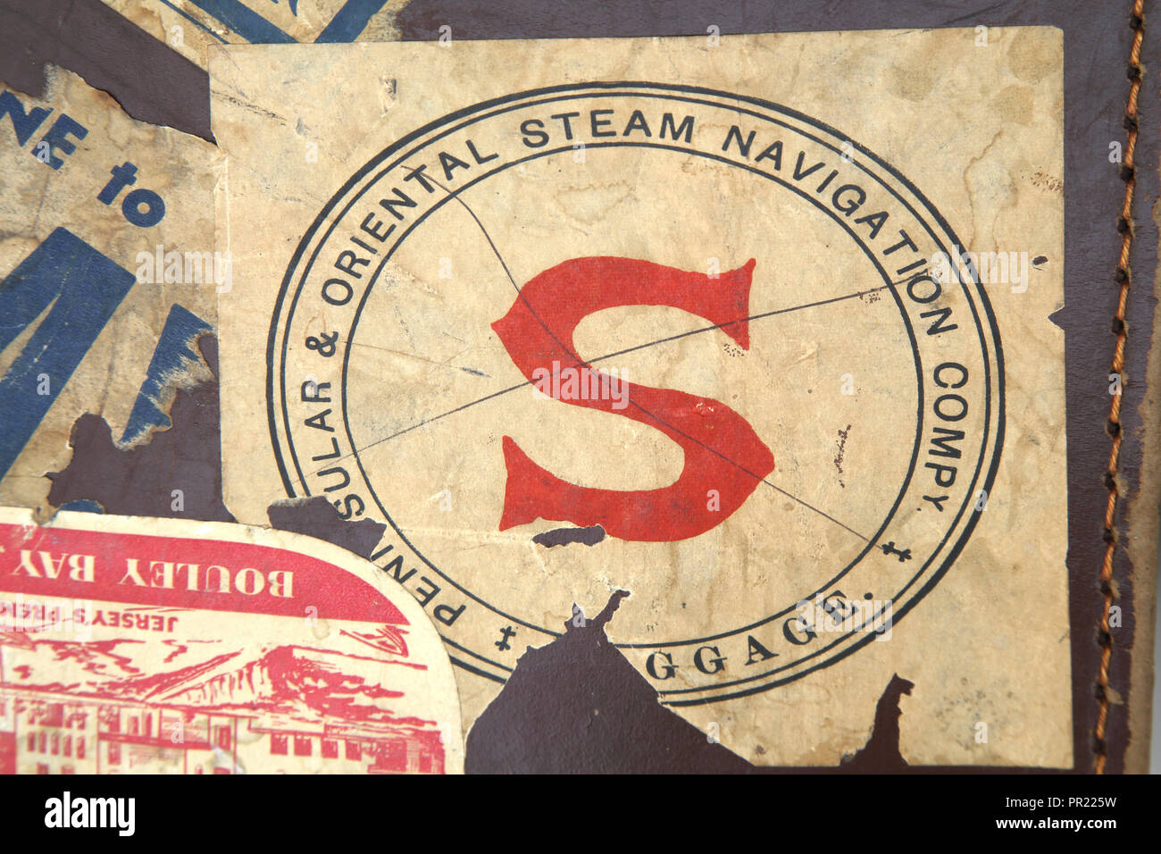 Vintage Leather Everlasta Suitcase with Travel Stickers Peninsular And Oriental Steam Navigation Company - Stock Image