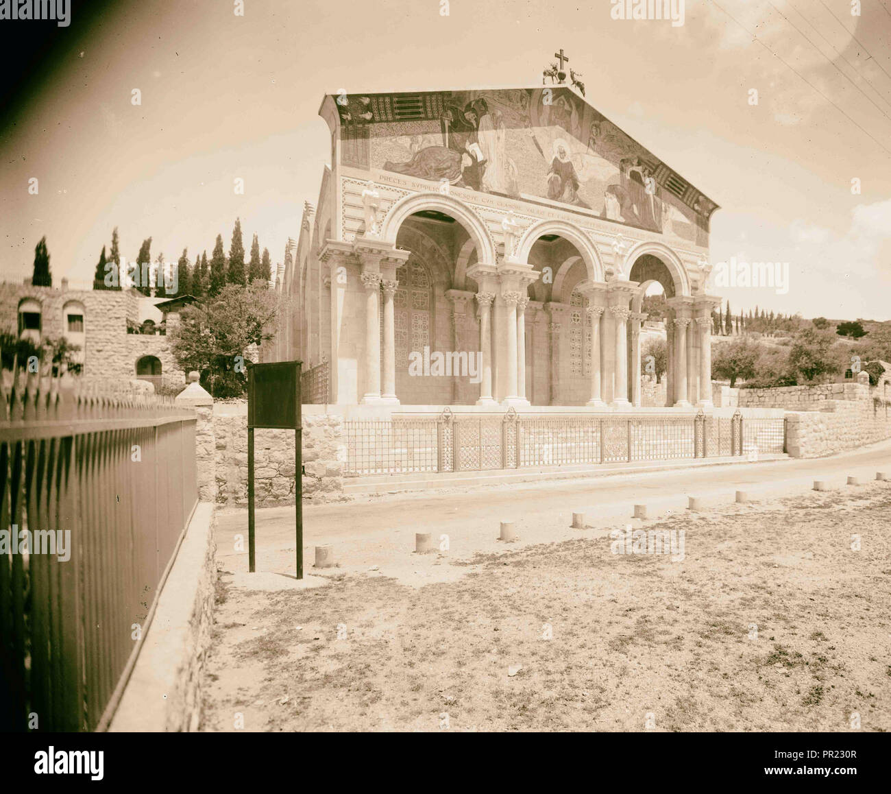 Byzantine style fa ade of the Gethsemane Basilica, Church of All Nations or Church of the Agony 1934, Jerusalem, Israel - Stock Image