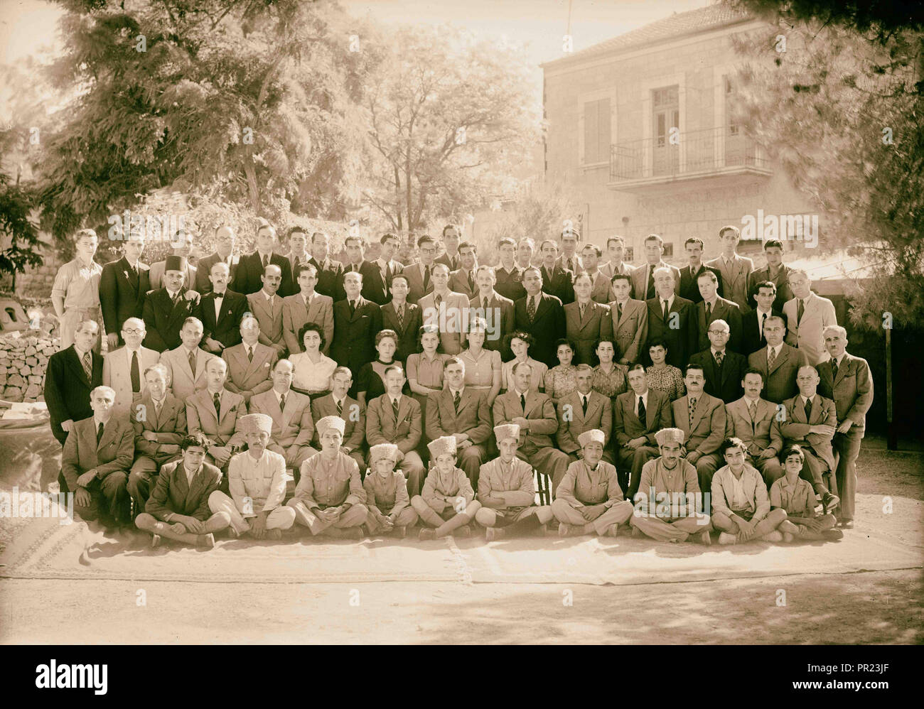 Large group of Public Health Dept. & the laboratories 1944, Middle East, Israel - Stock Image