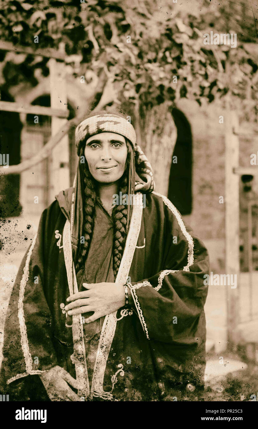Costumes, characters and ceremonies, Bedouin women. 1898, Middle East, Israel and/or Palestine - Stock Image