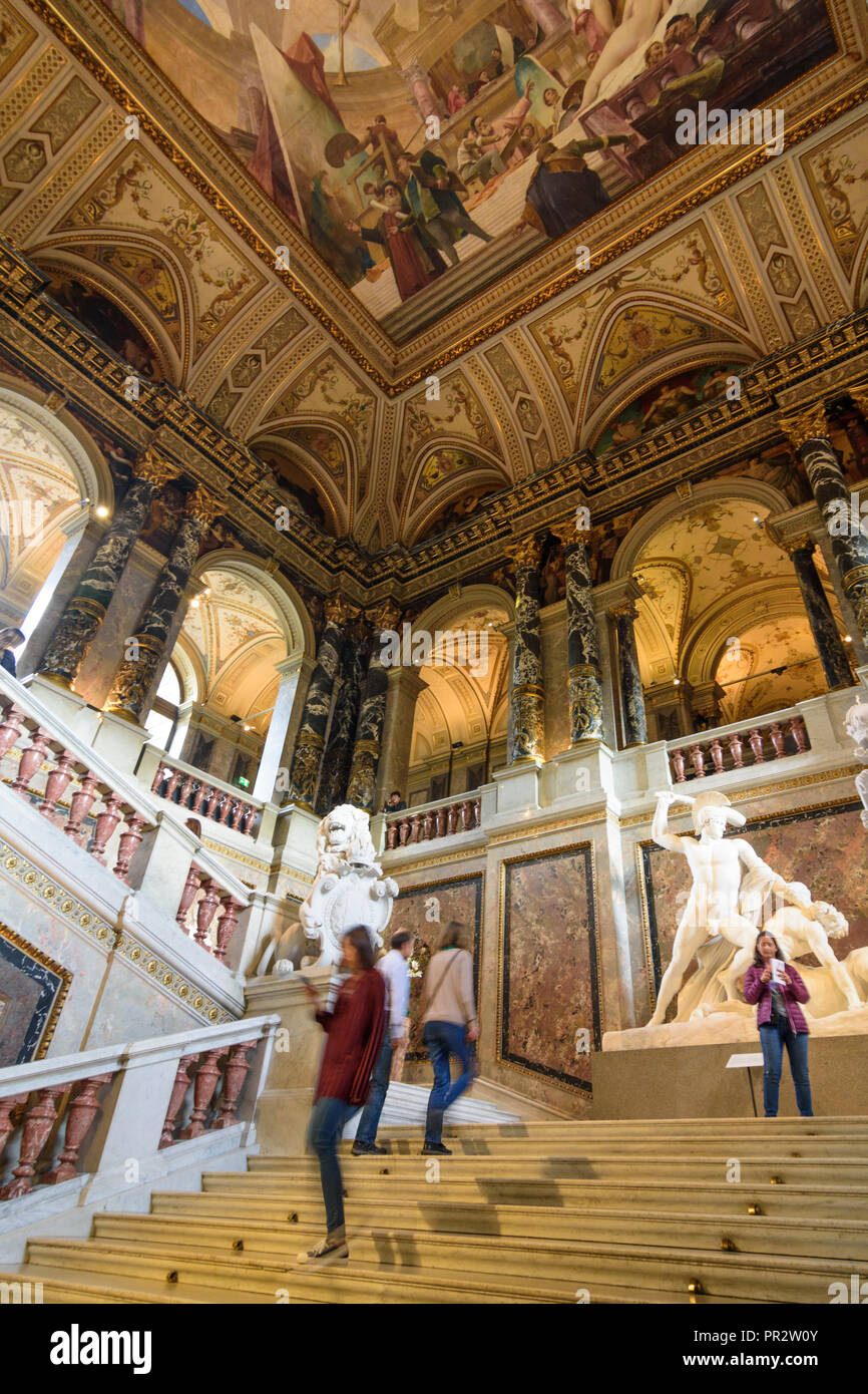 Wien, Vienna: Kunsthistorisches Museum (KHM, Museum of Art History, Museum of Fine Arts), main staircase, 01. Old Town, Wien, Austria Stock Photo