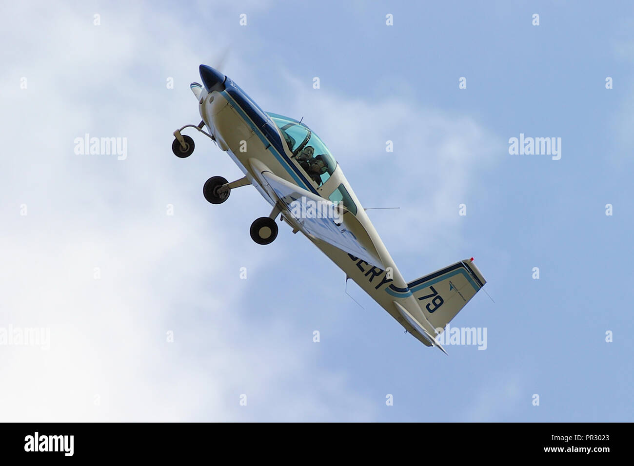 Grumman AA-1B G-BERY 'Race 79' taking a corner in the Royal Aero Club Air Race at Sywell Aerodrome. Air racing cornering. Flying - Stock Image