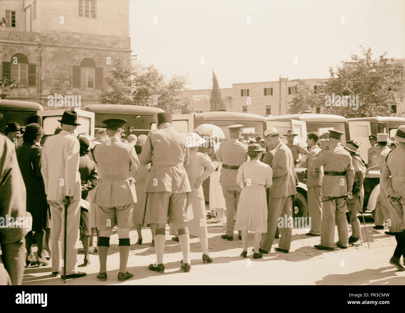Australian gift to British Red Cross of 9 Red Cross ambulances Ambulances being inspected after the presentation. 1940, Israel - Stock Image